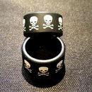 Silikon Vape Band Jolly Roger - 11mm Höhe - 18-23mm...